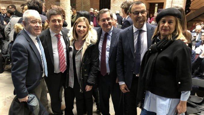 El presidente de la Diputación de Huelva en un encuentro de la FEMP