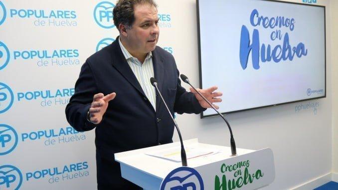 El portavoz de la Dirección Provincial del PP, Juan Carlos Duarte, ha comparecido en rueda de prensa y ha analizado los datos provinciales del paro