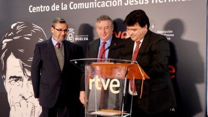 Firmado esta mañana un convenio de colaboración para la creación del futuro centro de Comunicación 'Jesús Hermida