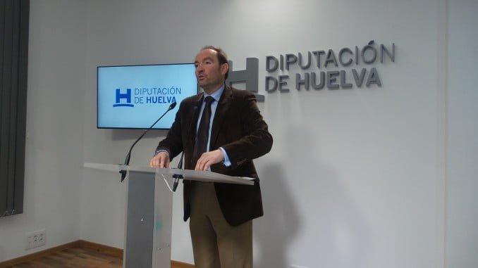 José Fernández explica las mociones que el Grupo Socialista llevará al Pleno de la Diputación