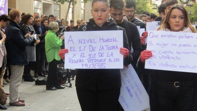 Acto celebrado en Huelva en el Día Internacional contra la Violencia de Género