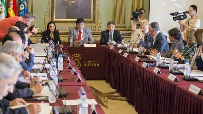 Imagen de la Mesa de los Fosfoyesos, órgano impulsado por el Ayuntamiento de Huelva