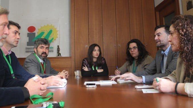 Reunión AxSí con IU sobre pobreza energética