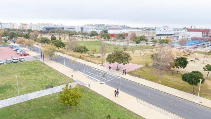 El grupo de contaminación atmosférica de la Universidad de Huelva, premiado por el 28-F