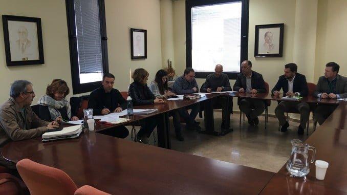 El convenio ha sido rubricado por CECA Comercio Huelva y los sindicatos de UGT y CCOO