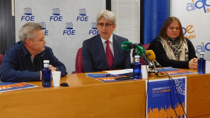 El presidente de Aiqbe, José Antonio Agüera, presenta las actividades del Día de la Industria