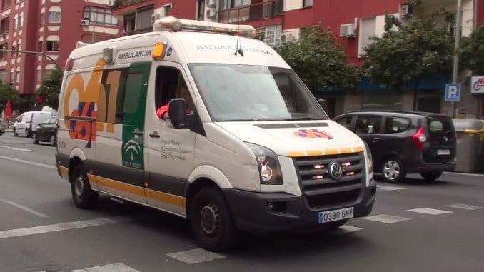La mujer ha sido trasladada a un hospital por inhalación de humo