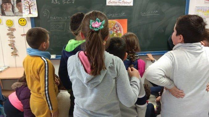 Los alumnos aprenden a adquirir hábitos alimenticios saludables
