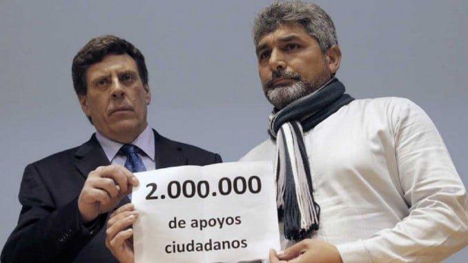 El padre de Diana Quer y el de Mari Luz Cortés han presentado las 2 millones de firmas conseguidas para que no se modifique la ley