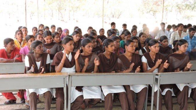 El proyecto de Educación va dirigido especialmente a mujeres adolescentes y jóvenes de India