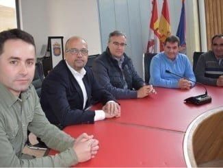 Reunión entre los alcaldes de Jabugo y Guijuelo