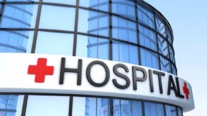 Pasarnos con la música en una zona de descanso o las inmediaciones de un hospital también conlleva sanción: una de hasta 2.400 euros si molestas y no dejas dormir a los vecinos y enfermos