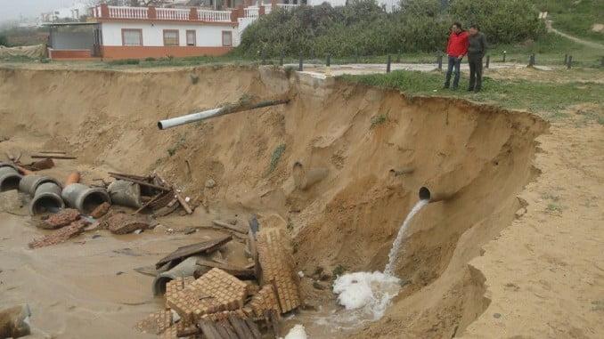 El temporal ha causado grandes daños en Mazagón, como la rotura de tuberías