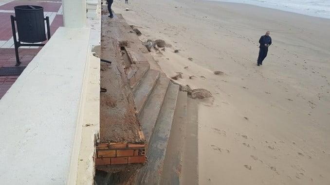 Daños en la playa de Isla Cristina por el temporal