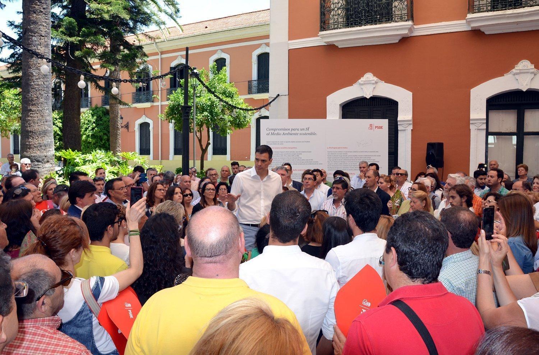 Pedro Sanchez en Huelva PSOE005