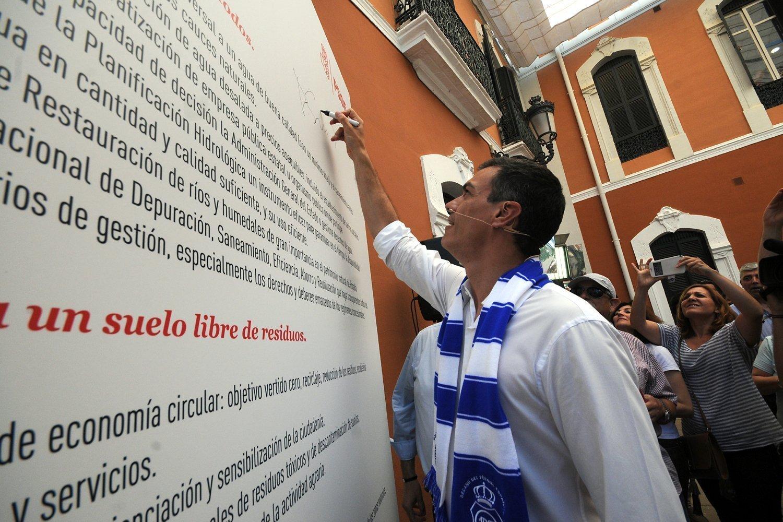 Pedro Sanchez en Huelva PSOE009
