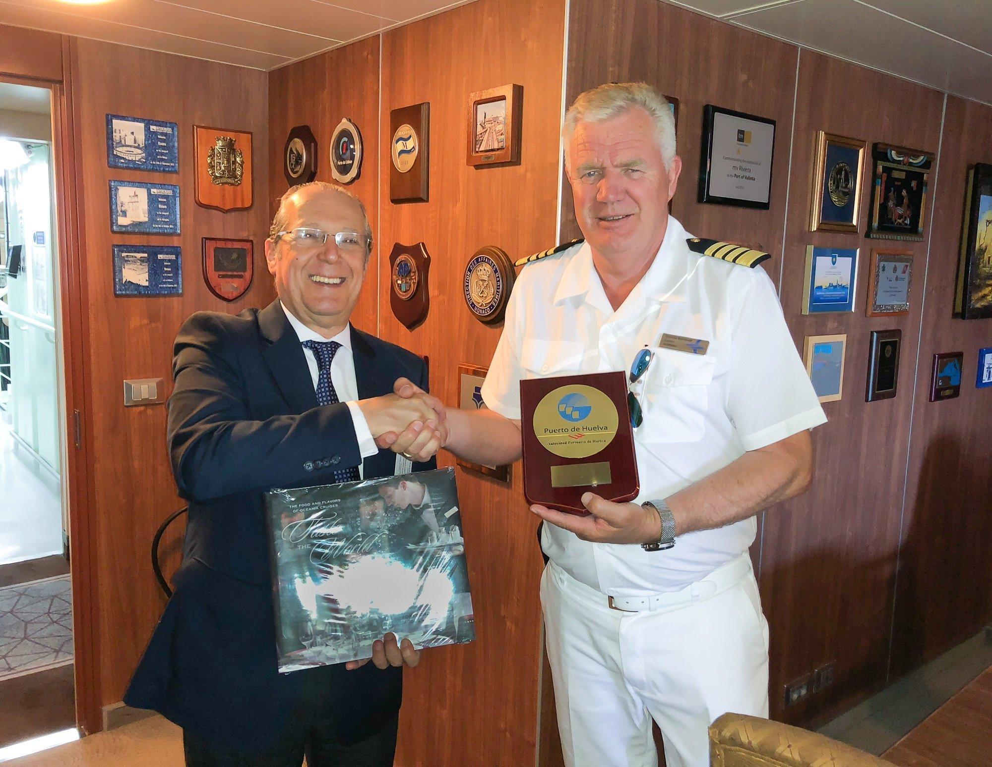 Crucero MS Riviera - Puerto de Huelva-17