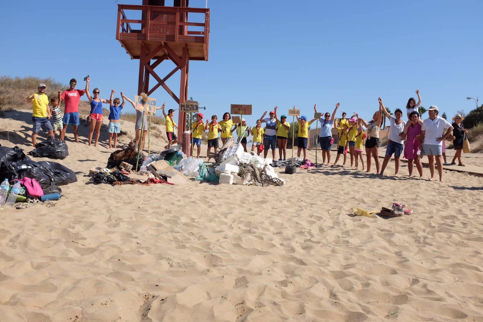 limpieza playa isla canela2