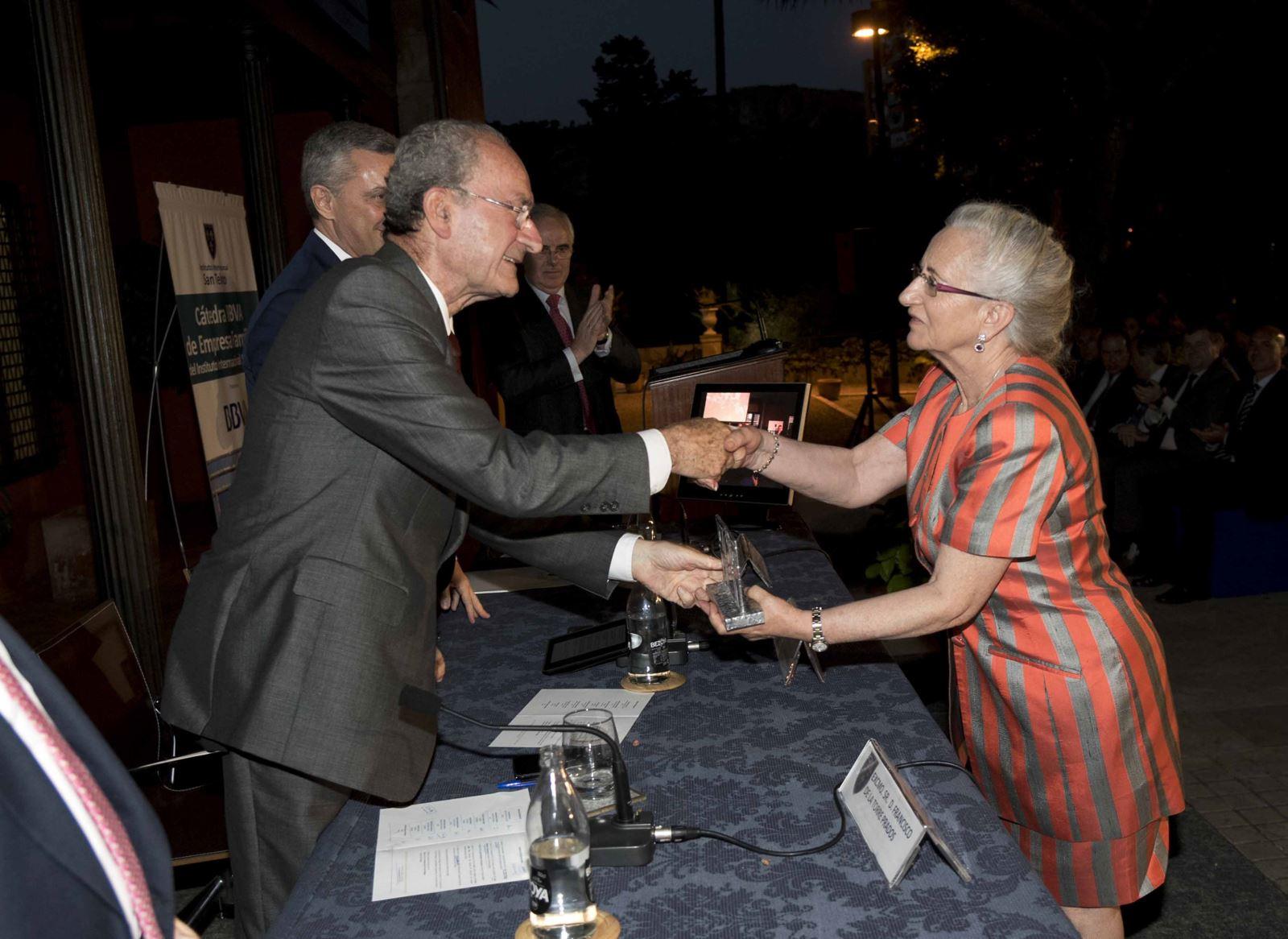 premio familia empresa_fsilva14Familia Ruíz Contreras, de INDUSTRIAS KOLMER. (Granada)