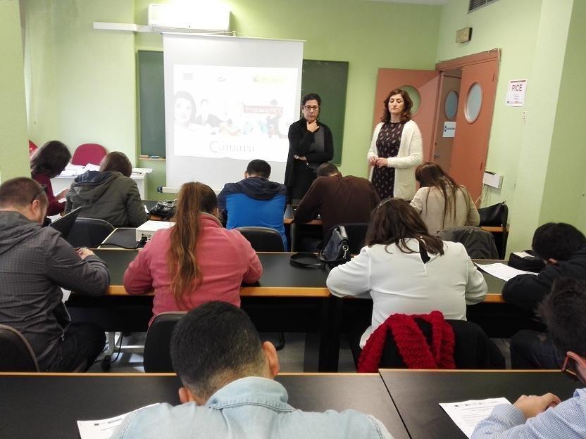 El PICE es una iniciativa para que los jóvenes desempleados puedan recibir una oferta de empleo, educación, formación específica o profesional