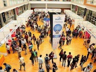 Los usuarios prefieren las ferias online de empleo frente a las presenciales, según un estudio de Uniiversia