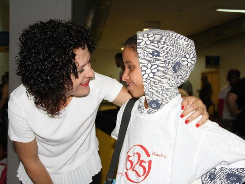 La organización pretende que la sonrisa de esta niña saharahui perdure