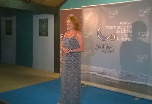 Gracia Querejeta recibió el Premio Francisco Elías