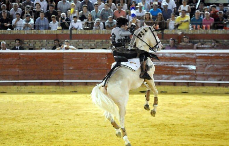 Diego Ventura entusiasmo con su buena cuadra a los aficionados al caballo.