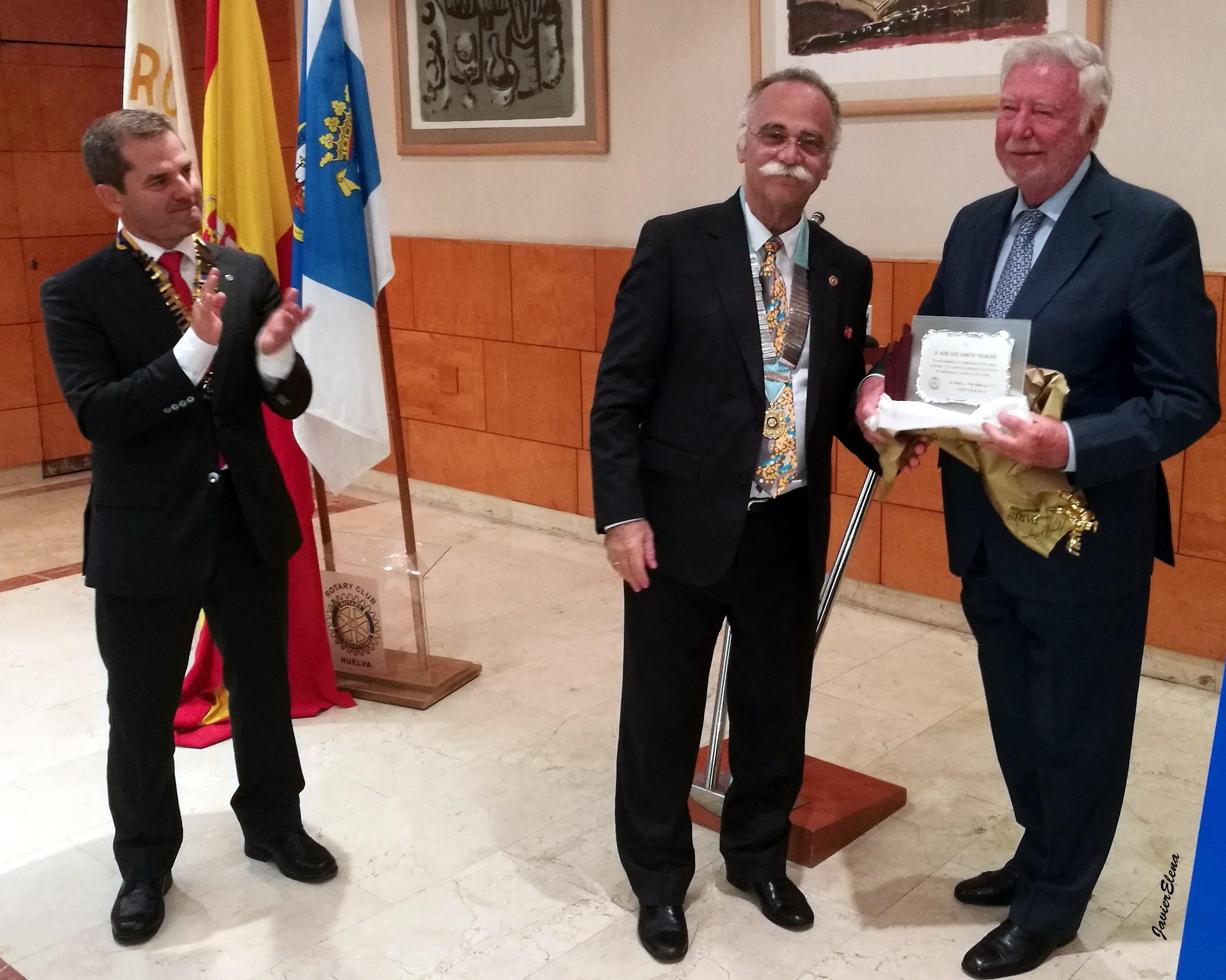 Homenaje del Rotary Club de Huelva a José Luis García Palacios, al que asistió el gobernador del Distrito 2203.