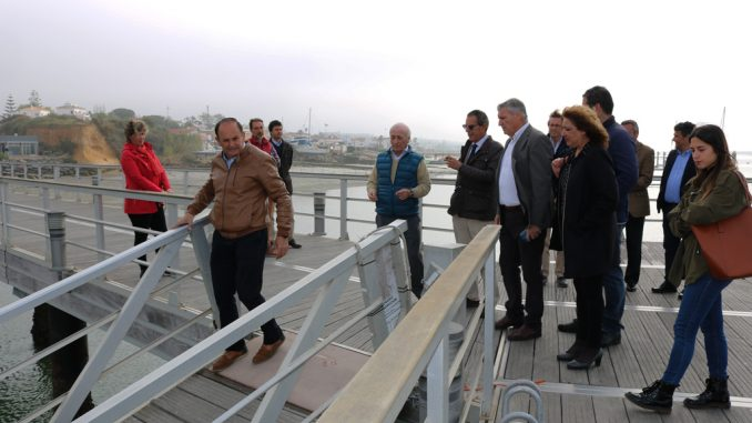 bb121da57 El Ayuntamiento de Cartaya traslada a la Agencia Pública de Puertos las  necesidades de la Ría del Piedras