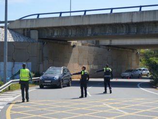 agentes de la Guardia Civil y Policía Local llevarán a cabo operativos de control de acceso al municipio para impedir la entrada al mismo de personas que no cumplan los requisitos para ello